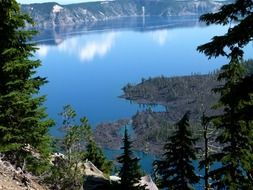 crater lake in Oregon USA