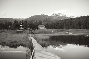 Black and white photo of the lake
