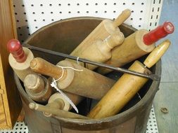 wooden rolling pin dough roller bucket
