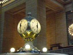 grand central station in New York city (Big Apple)