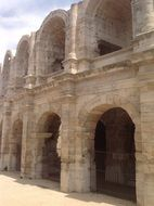 ancient roman large architecture landmark