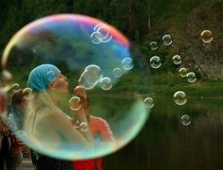 big soap bubbles girl