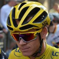 chris froome champion yellow jersey