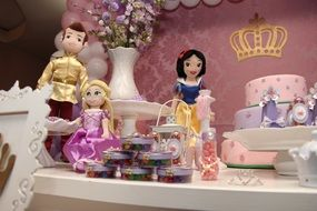 disney princesses doll party