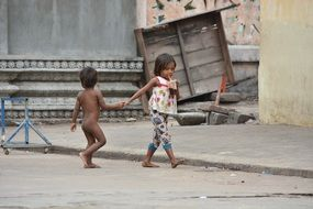 poor children on road cambodia