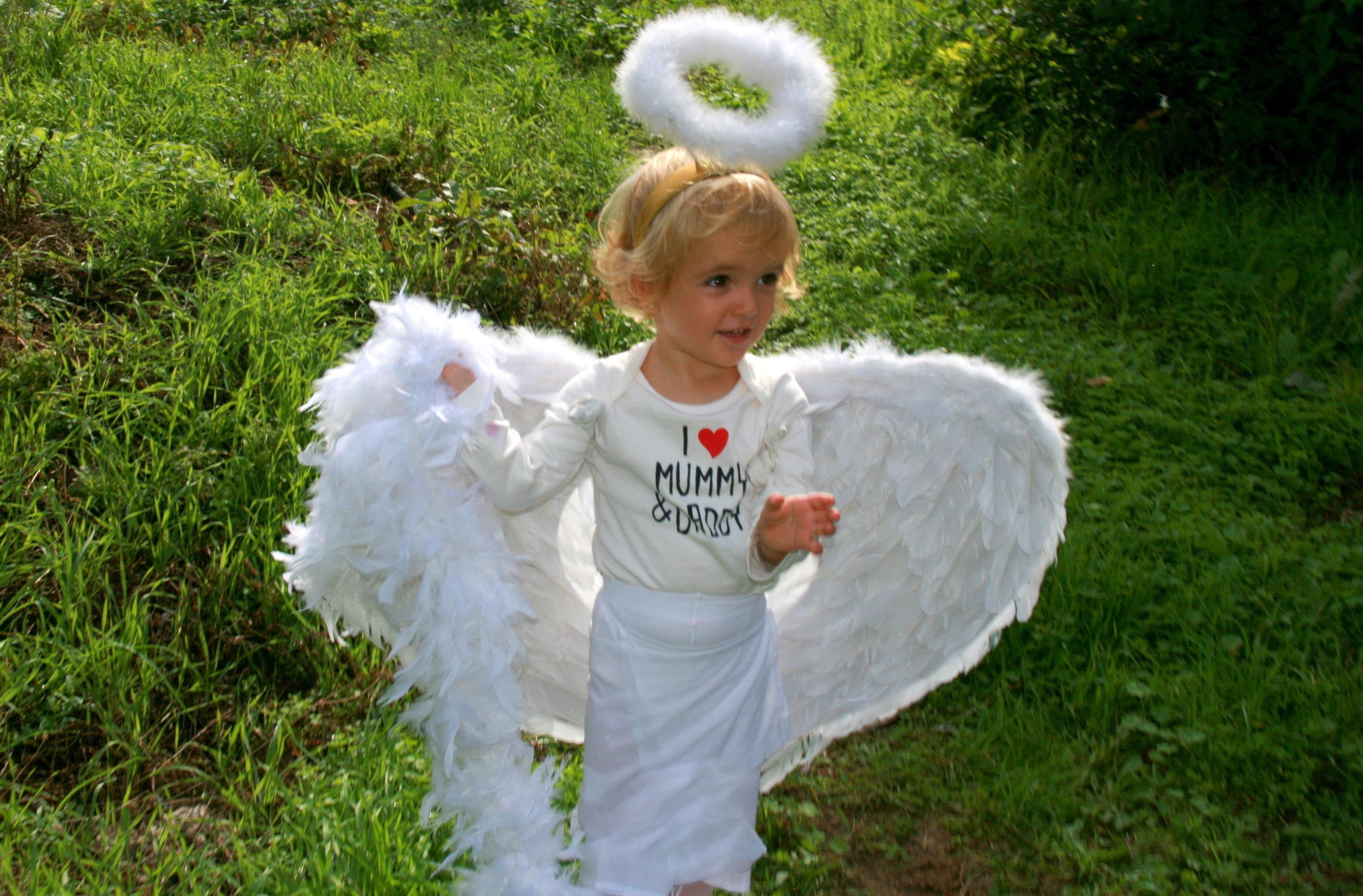 запуски фотосессия в костюме ангела годы