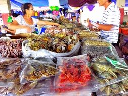 dried seafood market with people