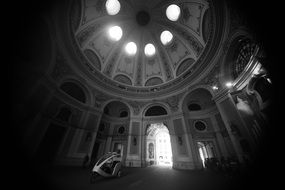 Amazing dome black and white light travel