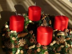 advent wreath and red candles