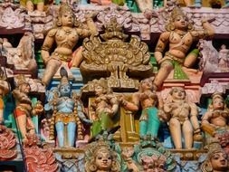 picture of colorful temple figures in India