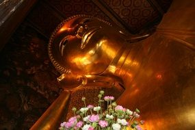 golden buddha statue in Bangkok