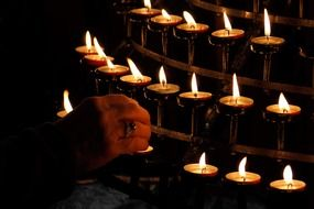 Picture of burning candles