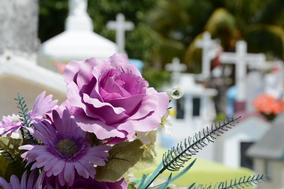 People flowers on funeral memoty