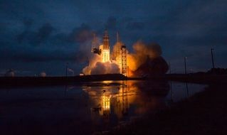 orion spacecraft delta iv