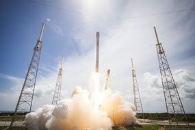 spacex project rocket launch