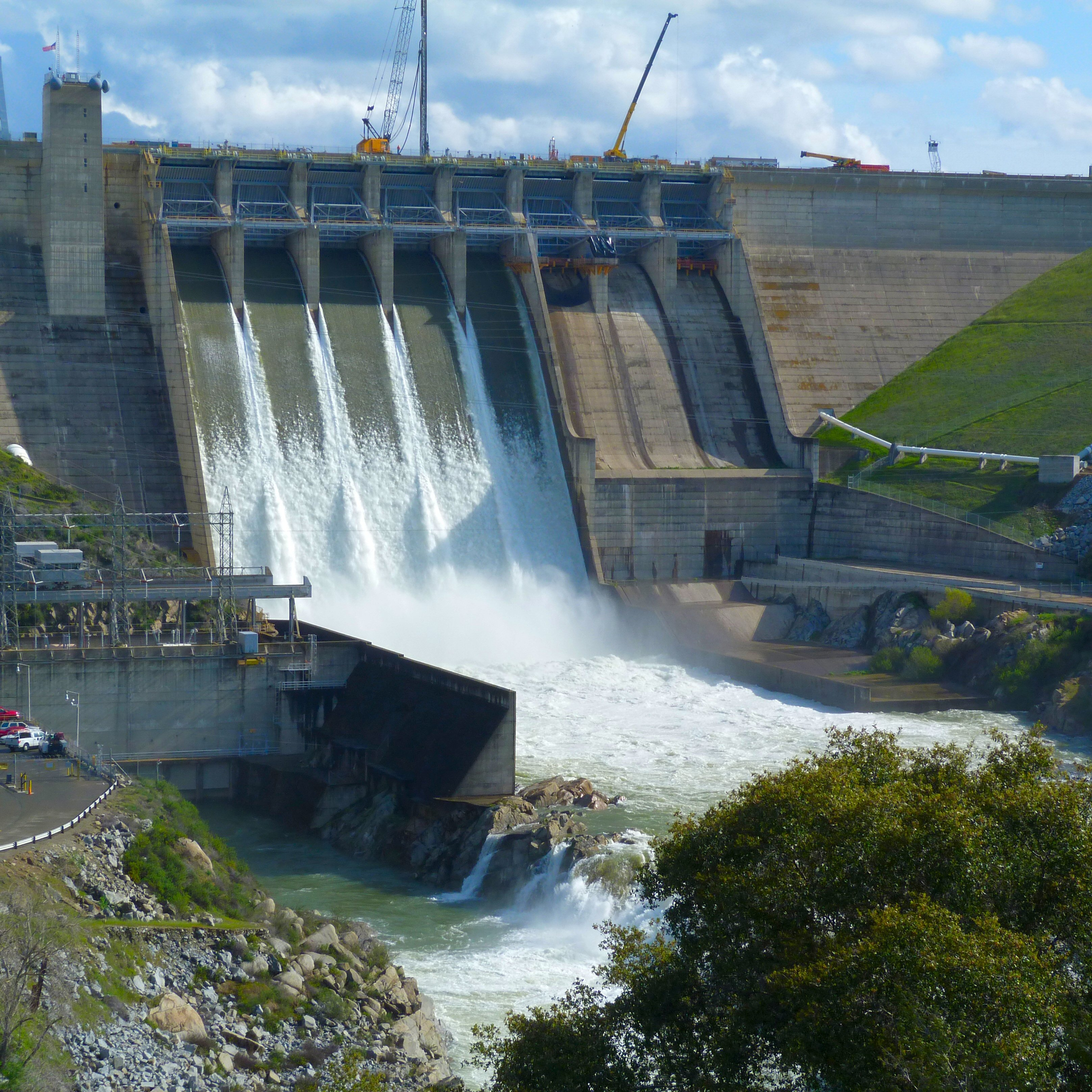 water energy Energy and water are intricately connected all sources of energy (including electricity) require water in their production processes: the extraction of raw materials, cooling in thermal processes, in.