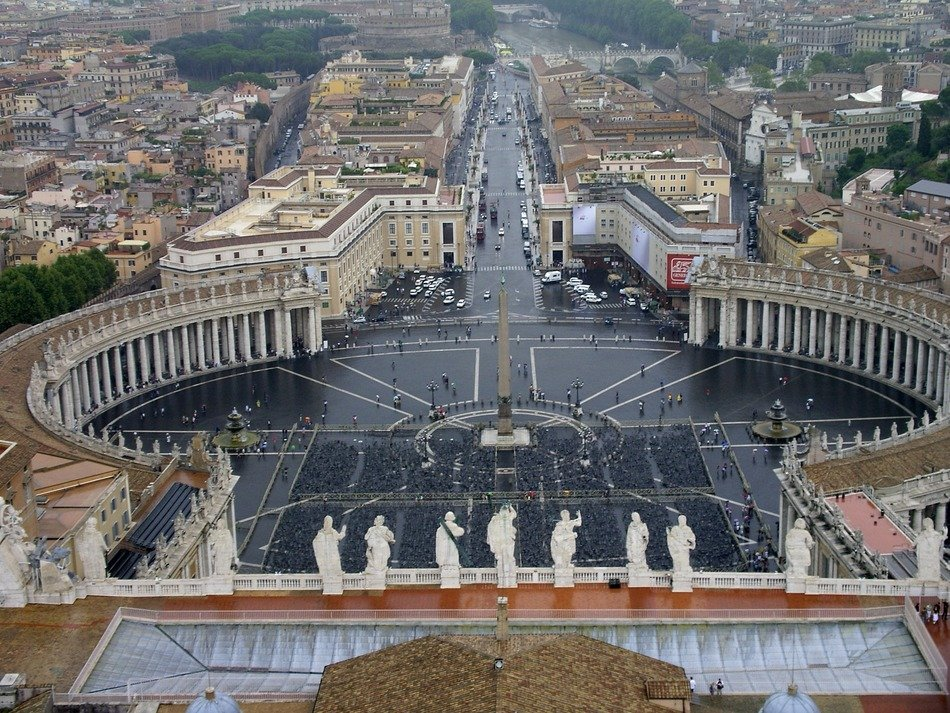 St Peter's square basilica Rome