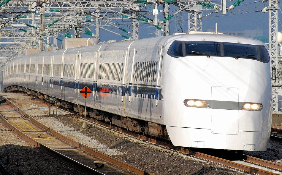 high speed locomotive in Japan