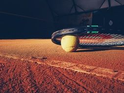 tennis racket court clay ball