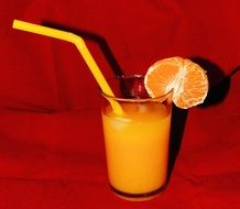 orange juice in the glass