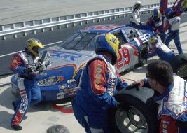 pit crew at nascar