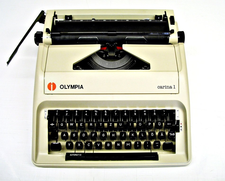 olympia, vintage mechanical typewriter