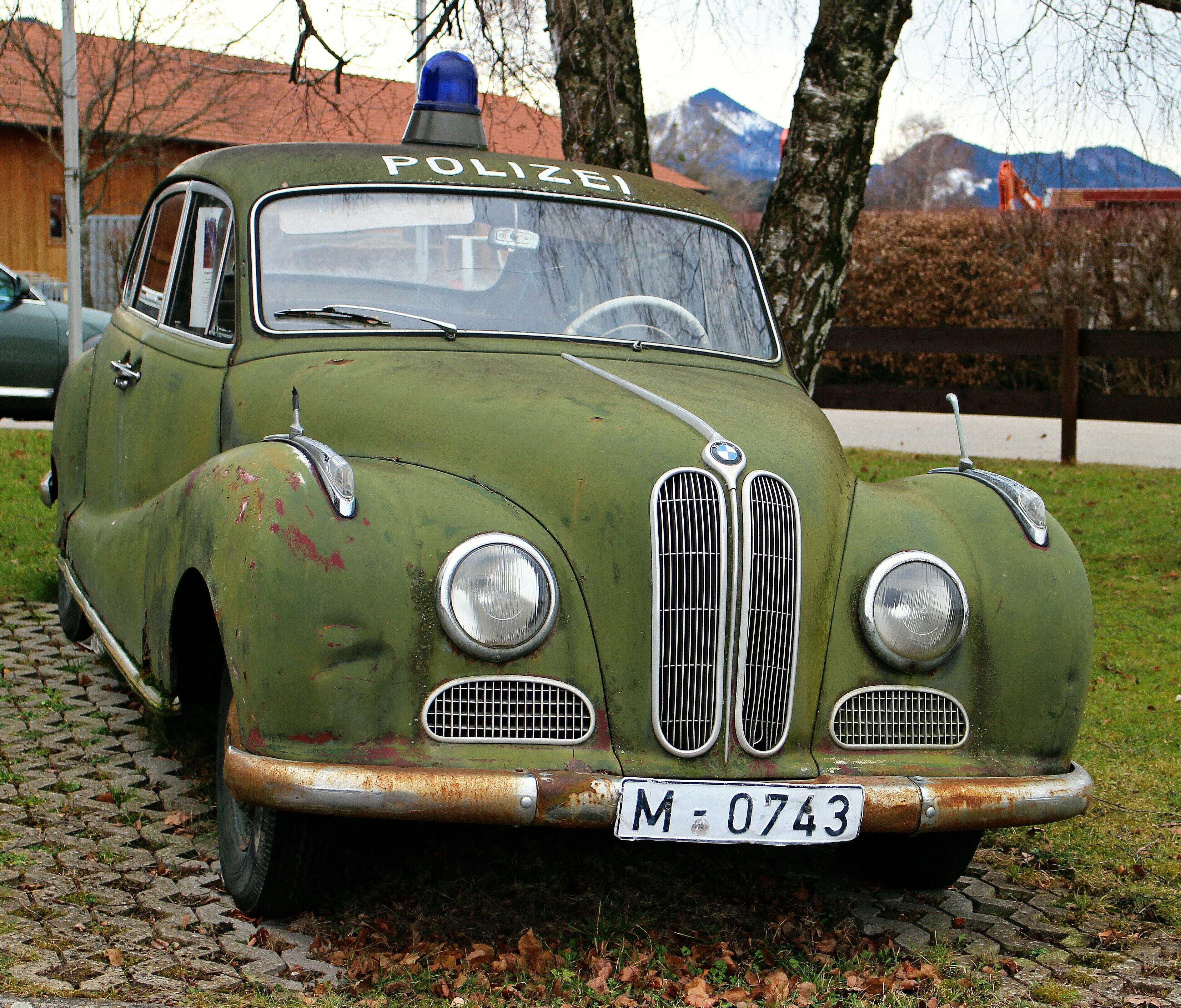 Bmw 501 Green Oldtimer Police Car Free Image