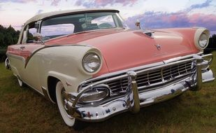 Ford Fairlane is a classic car