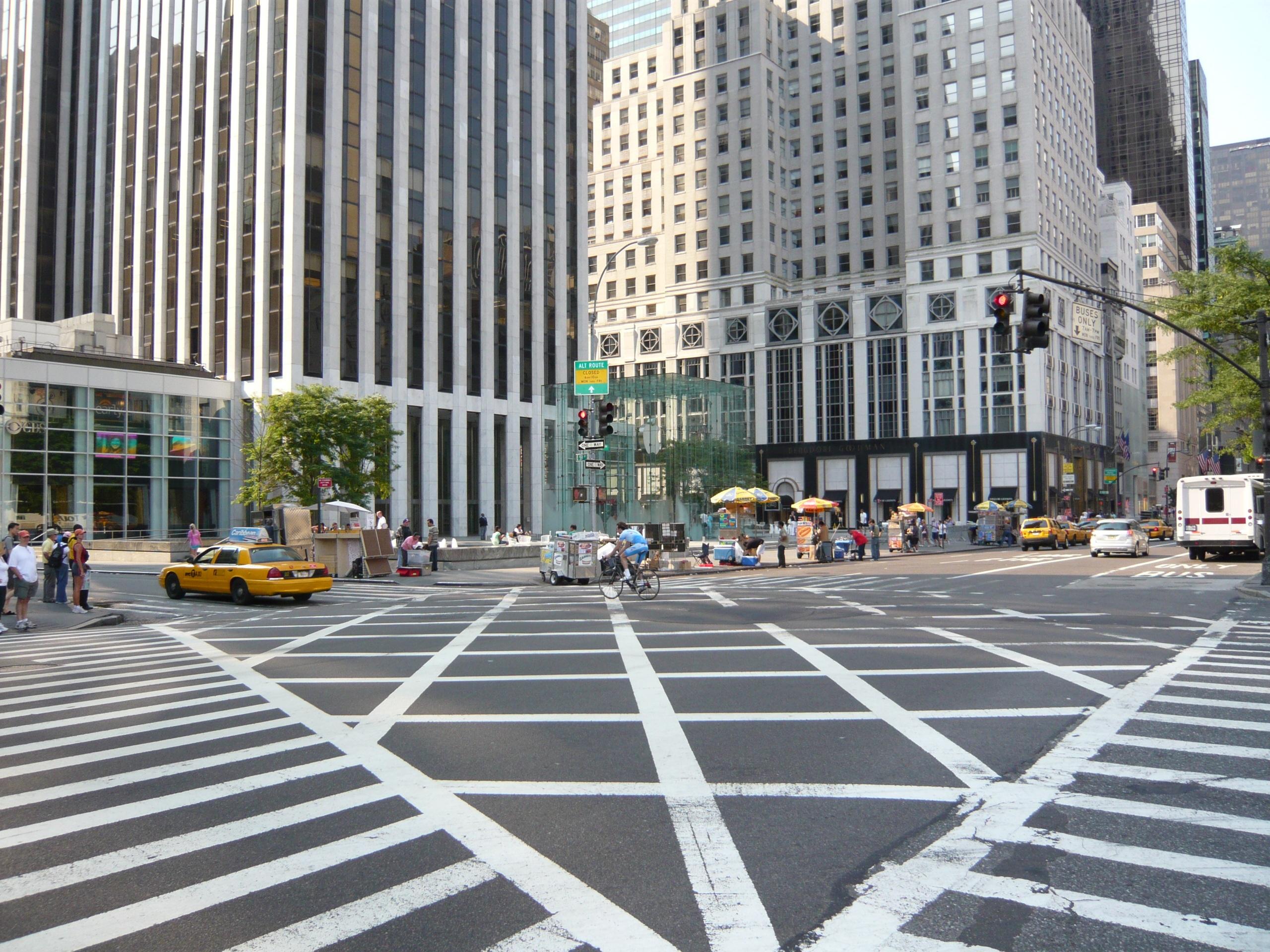 пешеходный переход красный свет  № 1504878 без смс