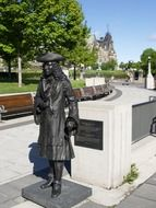 bronze statue of a man in ottawa