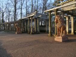 statues of lions in the Park