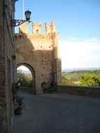 city gates of medieval italy