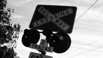railway crossing sign lights