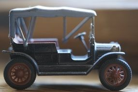toy classic car
