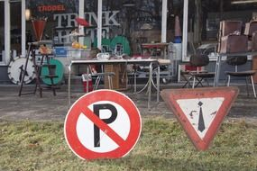 road signs nippes