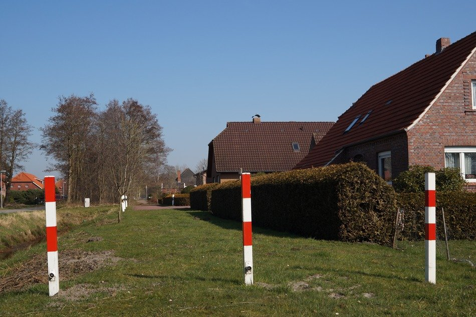 boundary poles of private road