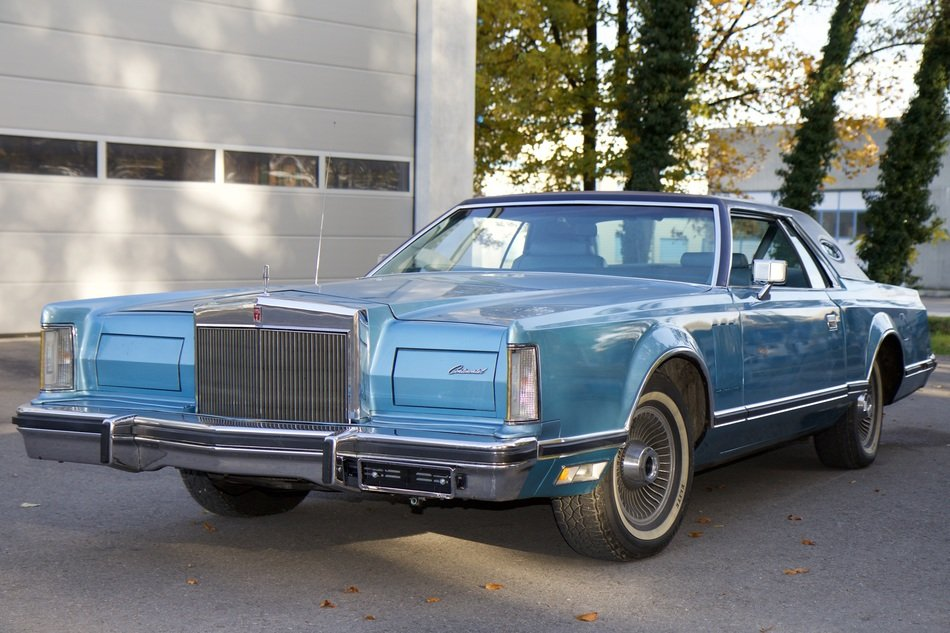 vehicle oldtimer blue lincoln