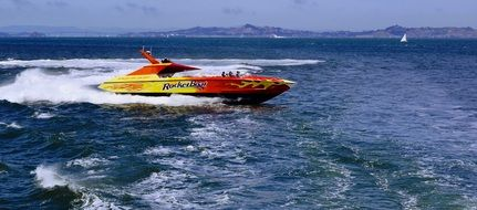 speed ocean boat