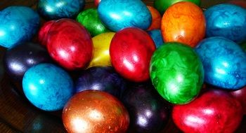 photo of the colorful easter eggs