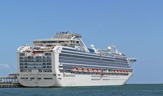 holiday cruise ship