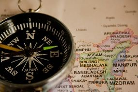 compass navigation map
