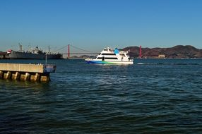 san francisco boats ferry golden Mountain sky view