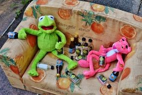 the toad and the Jaguar soft toy and mini alcohol