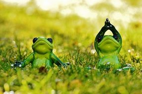 ceramic frogs in lotus position