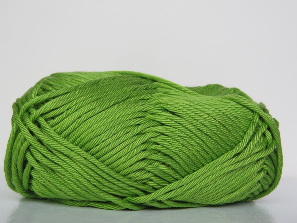 green wool for knitting