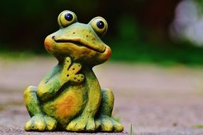 ceramic figure of a frog