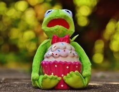 soft kermit with cupcake