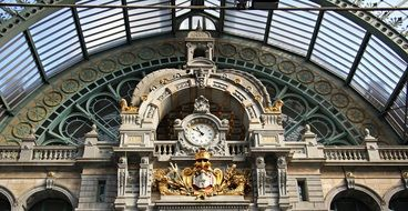 clock at the train station