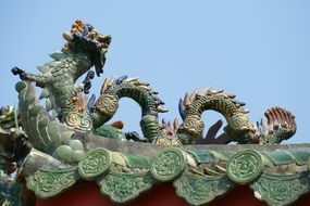 dragon sculpture in vietnam