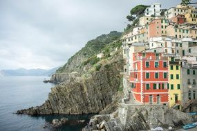 cliff houses in italy